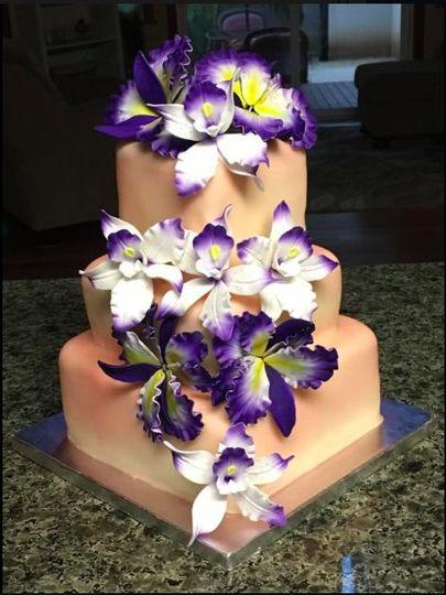 Three-layered square cake