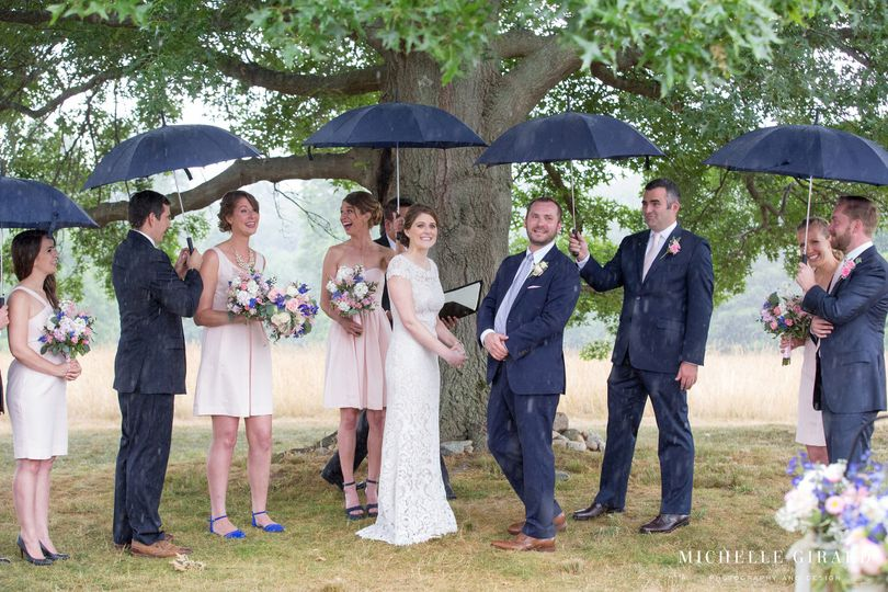 Couple with their attendants - Michelle Girard Photography and Design