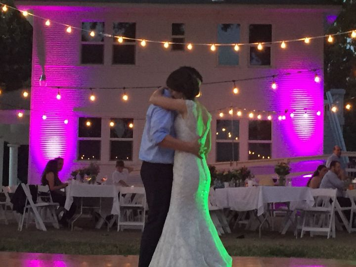 Congrats to Stephen and Renae!