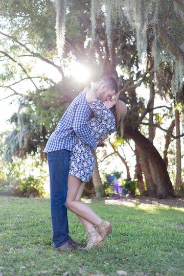 mt dora engagement session kissing my best friend