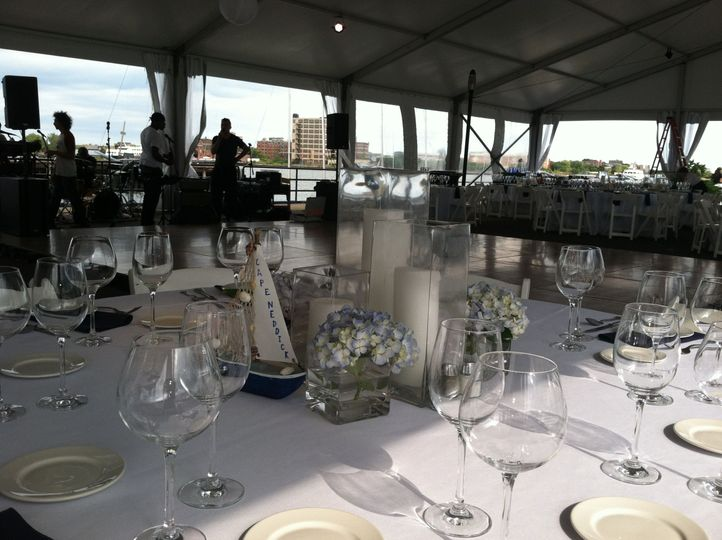 Table setting and centerpieces