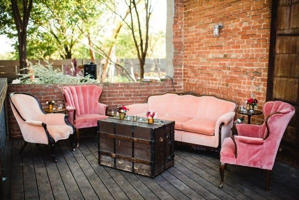 Inviting lounges available to enhance any event. Add those pops of color using our vestige pieces in...