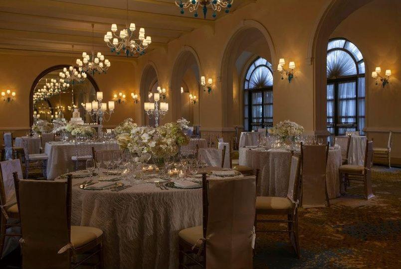 Dinner reception at salon dorado