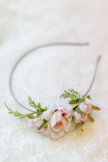 Floral hairband | Lisa Mims Photography