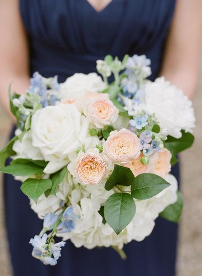 Wedding bouquet | Photo by Shannon Moffit