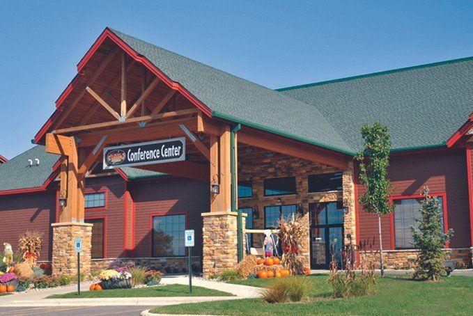 Glacier canyon conference center venue wisconsin dells for Dells wilderness cabin