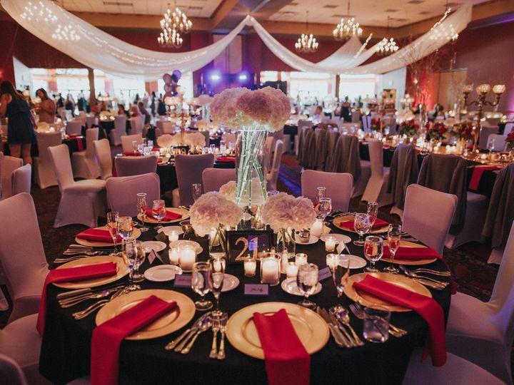 Tmx 1539361669 05ccd3962832f6f2 1539361667 56c69247bfda7691 1539361660470 4 14424929 101544773 Wisconsin Dells wedding venue
