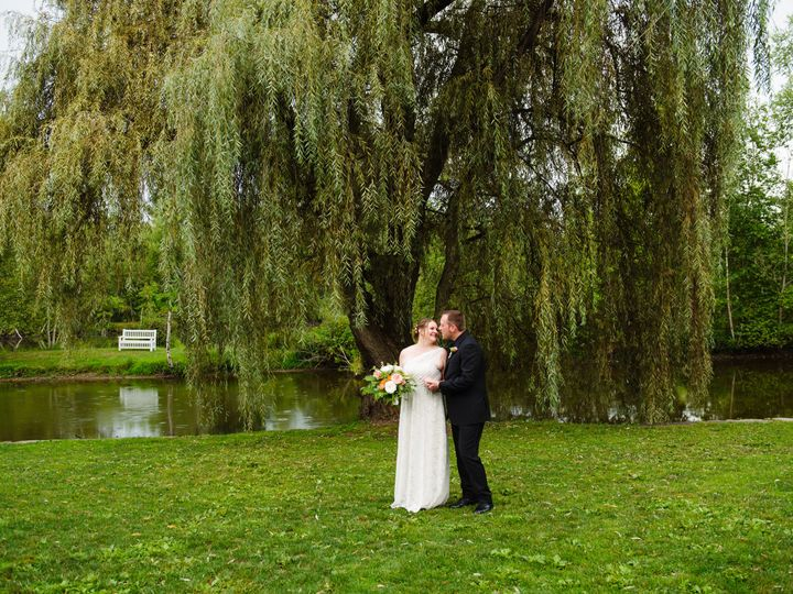 Tmx Willow And Bench 51 158024 Butler, PA wedding venue