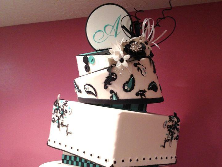 Tmx 1352760164118 ContemporaryWeddingCakeAqua Knoxville, Tennessee wedding cake