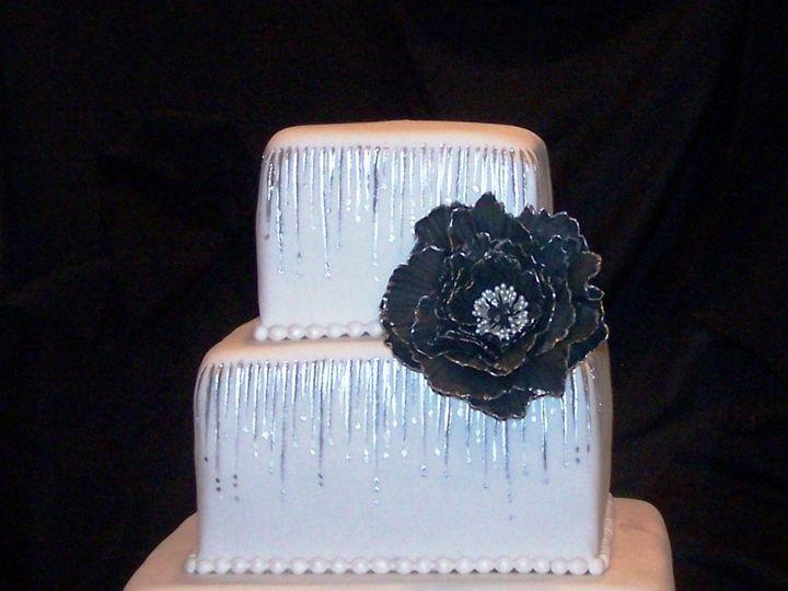 Tmx 1431726223882 Striking Cake2 Knoxville, Tennessee wedding cake