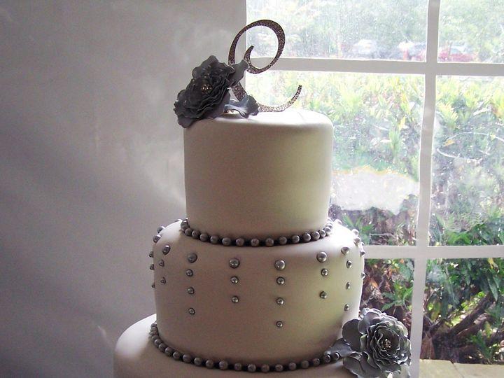 Tmx 1431726691008 Garciacake2 Knoxville, Tennessee wedding cake