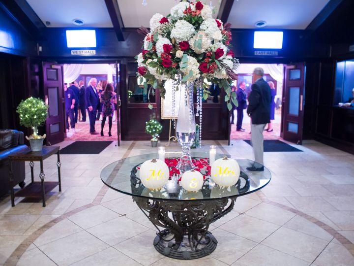 Tmx 1459 20181027 Jones 51 609024 1569250149 Clinton Township, MI wedding venue
