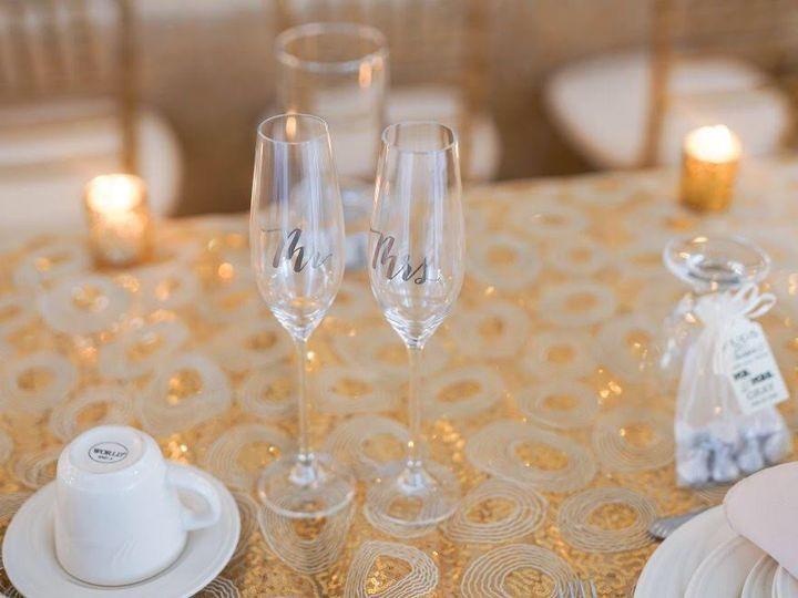 Tmx Champagneflutes 51 609024 Clinton Township, MI wedding venue