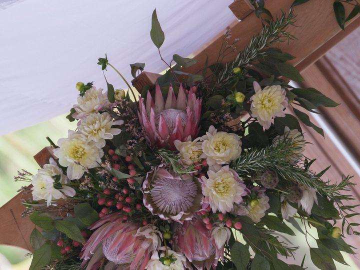 Tmx 1539055627 B964febc3f92835d 4E34ACBE 29B1 48E2 8A3E 804D3FF6BFF1 Flowood, MS wedding florist