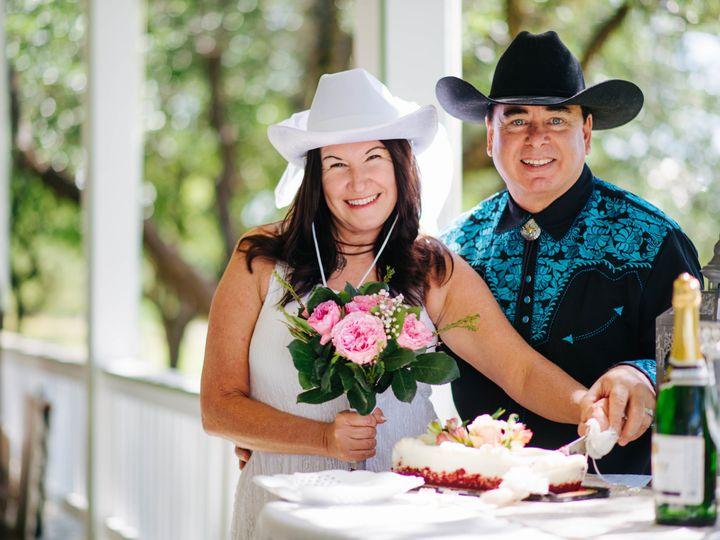 Tmx 1525182524 41d5b8d3c7368e44 1525182520 Ceb35405eed27f43 1525182502900 12  DSC1303 Austin, TX wedding officiant