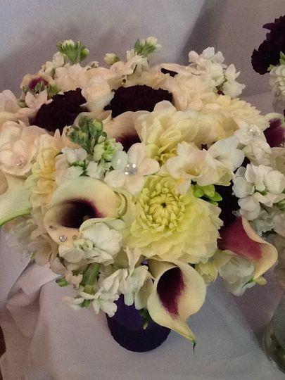 Calla lilies, dahlias, carnations, stock