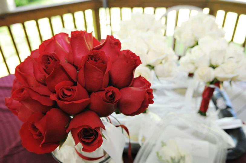 Blooms Vines Llc Flowers Saratoga Springs Ny Weddingwire