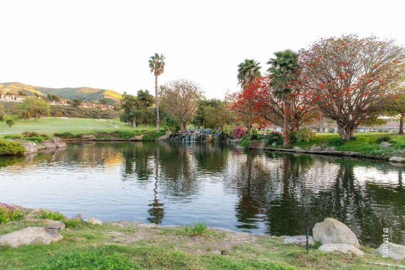 Cascada Pond