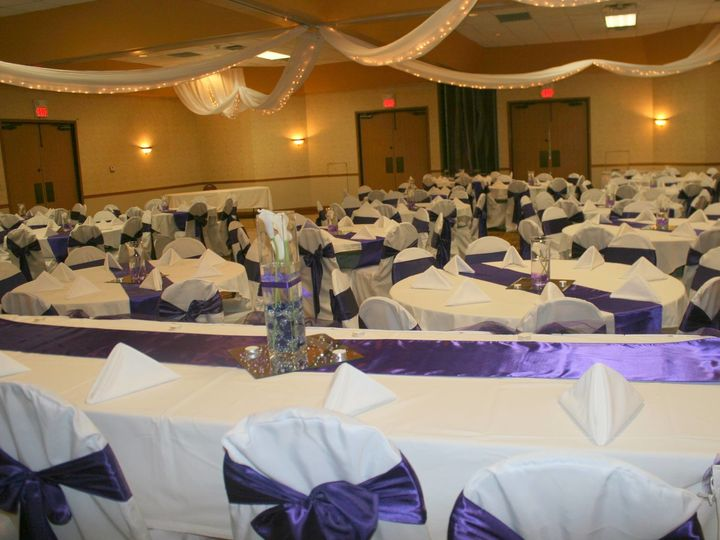 Tmx 1493937671514 11162034101532059114939363351082088343657342o Cedar Rapids, IA wedding rental
