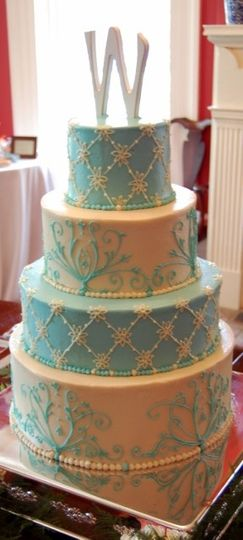 bluewhite 4 tier w cake 1 copy for web 288x640