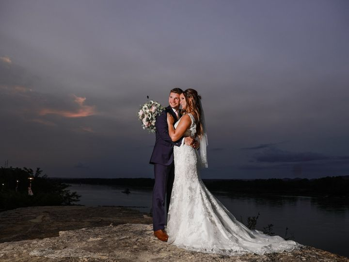 Tmx 1537282031 F26414f8f42b0a6c 1537282029 40e3125f4280df0b 1537282010587 1 Rogers Wedding Che Hermann, MO wedding venue