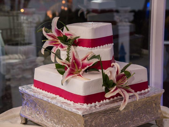 Tmx Wedding Cake Ideas At Waterfront Wedding Hall And Venue On Long Island 51 80224 Ronkonkoma, NY wedding venue