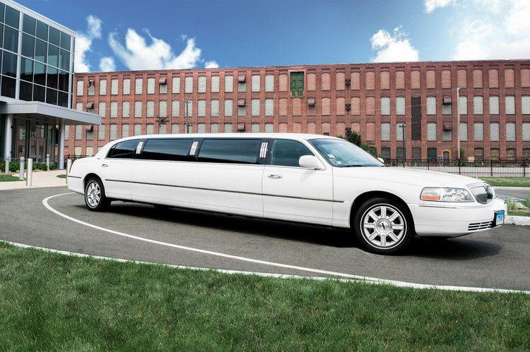 Exclusive Car Service Holyoke Ma