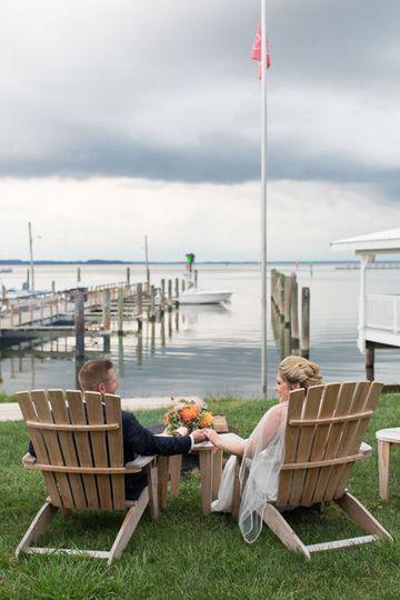 Newlyweds overlooking the bay