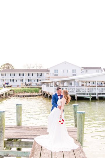 Dock bride and groom