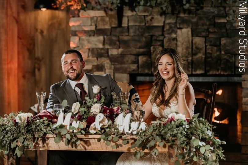 Garland for sweetheart table