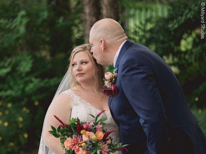 Tmx 05a1eb8e 745f 483f 9ee1 2bb27b308974 51 1016224 1565723392 Epping, NH wedding florist