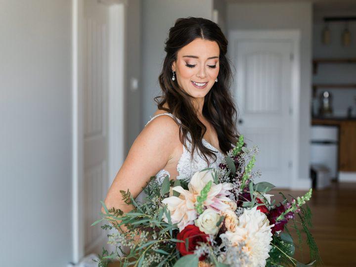 Tmx 0e00679b 76a7 4578 Bd59 5072baf6bc6a 51 1016224 161108139627536 Epping, NH wedding florist