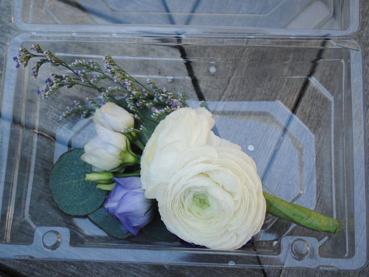 Tmx 1537550421 0c1f44ff87bc5eeb 1537550418 2d489cfddd6e38c9 1537550401083 2 DSC 0379 Epping, NH wedding florist