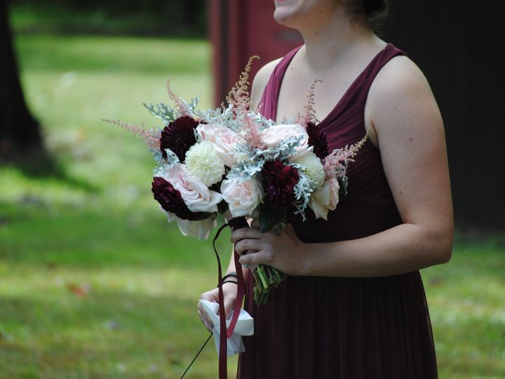 Tmx 1538261287 804c6a22fc697d63 1538261285 Dd004812e34f3a69 1538261255853 5 FB24EB1D C2C1 4974 Epping, NH wedding florist
