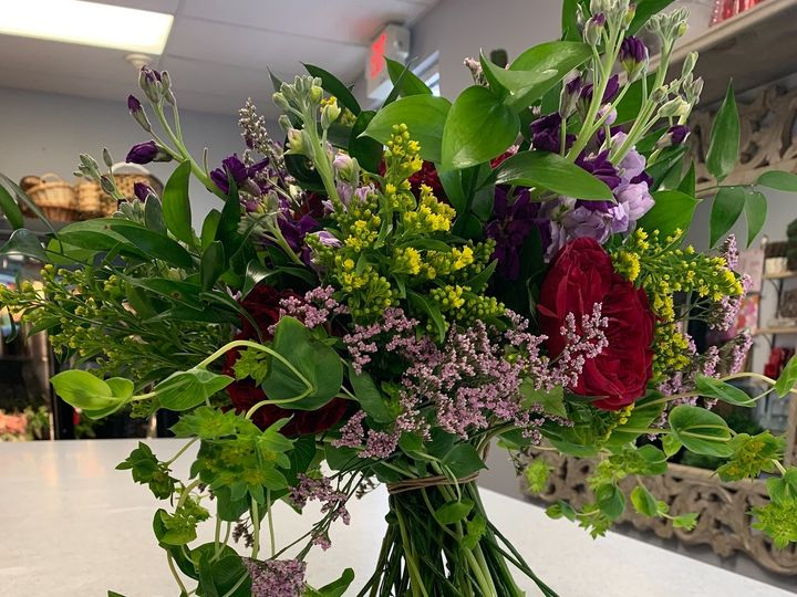 Tmx Eb9f0679 3c29 4814 B154 C0a84543d087 51 1016224 1564506692 Epping, NH wedding florist