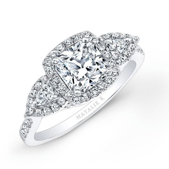 18k white gold halo diamond engagement ring with p