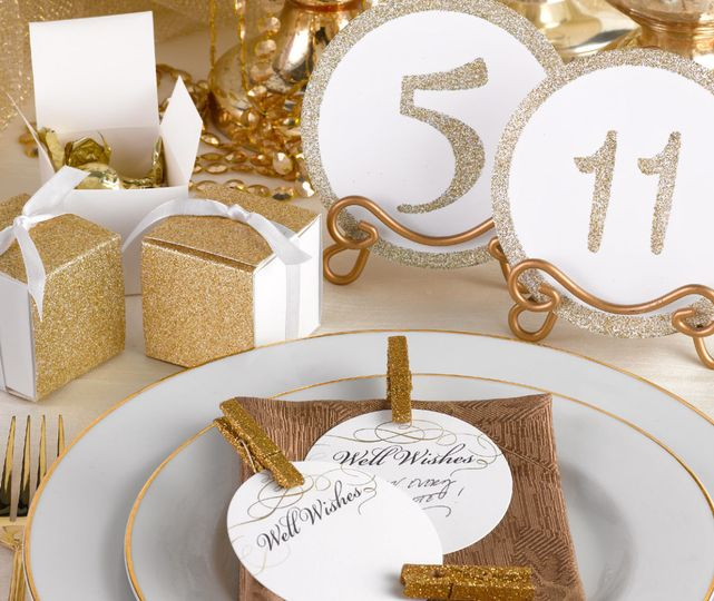 Favor boxes & table numbers