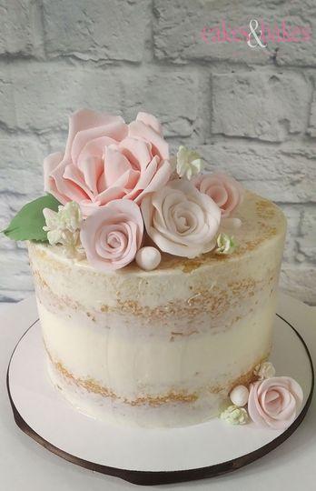 Textured Cake Seminaked With Blush Pink Rose