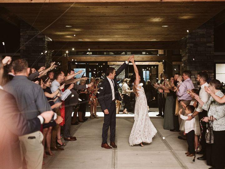 Tmx Oliviatylersneaks 101 51 790324 161436576657502 Bargersville wedding venue
