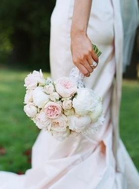 Bridal bouquet | Photo by Lisa Lefkowitz