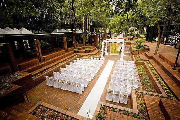 Hilton tampa downtown venue tampa fl weddingwire 800x800 1380561251364 courtyard wedding 800x800 1380561204750 31712gianninastefanrz0553blog 800x800 1380561253114 hilton tampa junglespirit Images