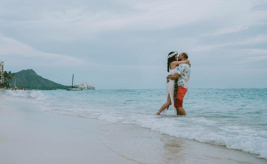 Knots & Shots Hawaii Wedding