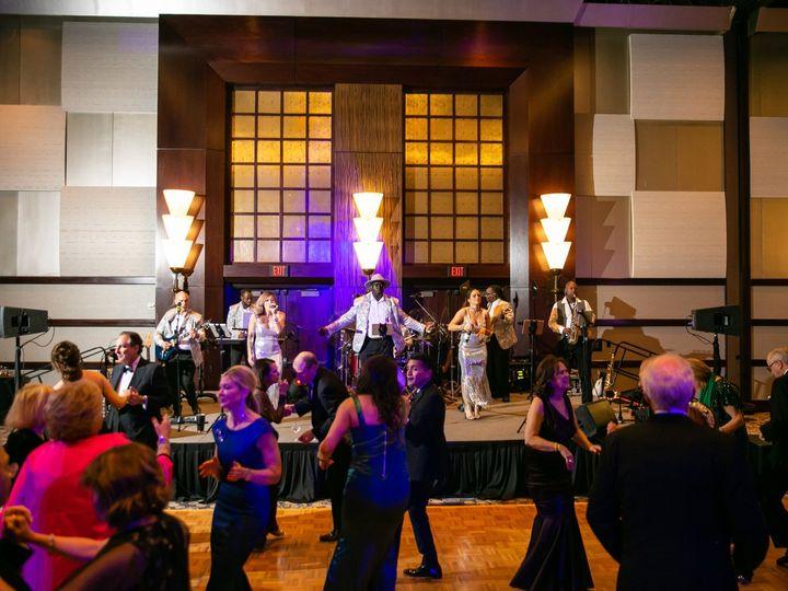 Tmx Eas 0017 51 1006324 158190894524559 Houston, TX wedding band