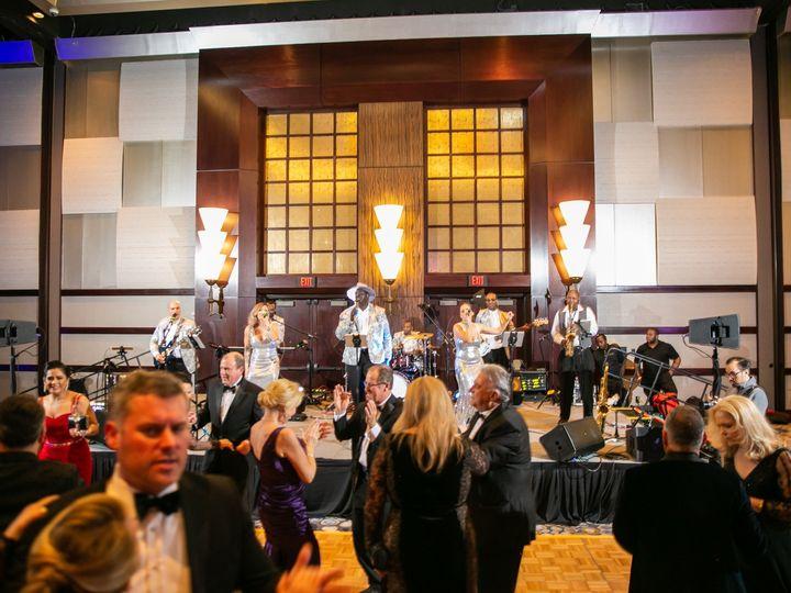 Tmx Eas 0207 51 1006324 158190893848166 Houston, TX wedding band