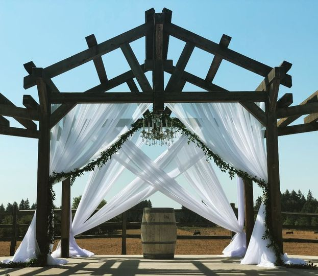 Wedding pipe & drape