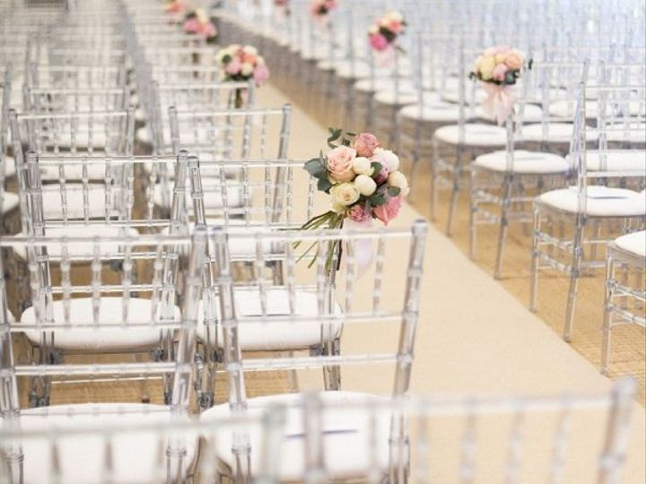 Tmx 1530587379 181610fe9ac652dd 1530587378 Bd11ad51e5fec6d4 1530587375443 1 Clear Chiavari Cer Portland, OR wedding rental