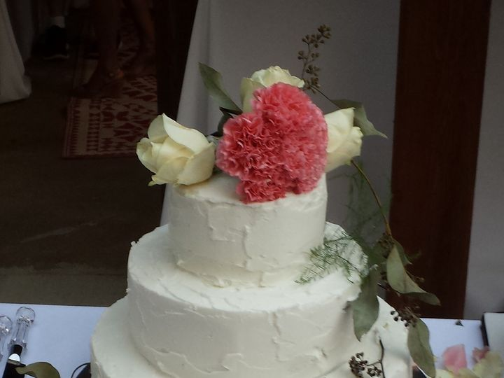 Tmx 1466862306321 2014 07 25 20.14.50 Independence wedding cake