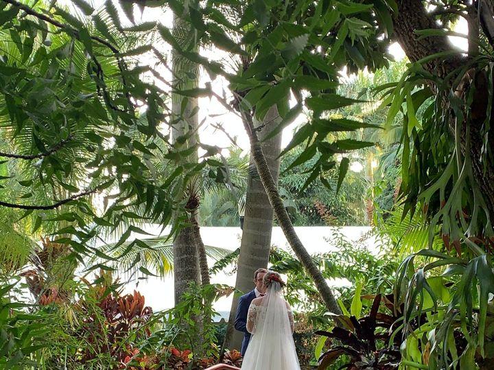 Tmx Img 2077 51 708324 157516235935623 Saint Petersburg, FL wedding planner