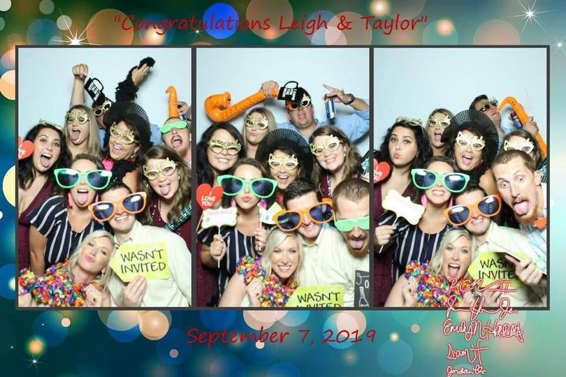 Photo Booth wedding pic