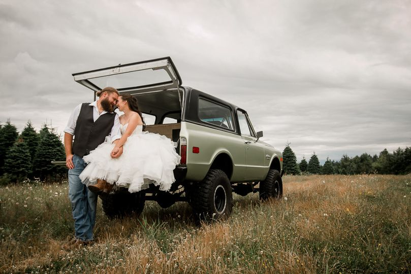 rustic country wedding at mountain view weddings b